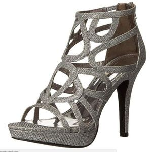 Report Rocko SIlver Heel 8M- NEW